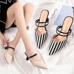 Sandals Women Pointed Toe Mid Heels Simple Korean Style Womens Retro Elegant Outdoor Summer Breathable Shoes Leisure All-match