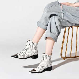 Winter Genuine Leather Ankle Boots Women Pointed Toe Rivet Boots motorcycle Studded Botines Women Luxury Chelsea Botas Mujer EUR