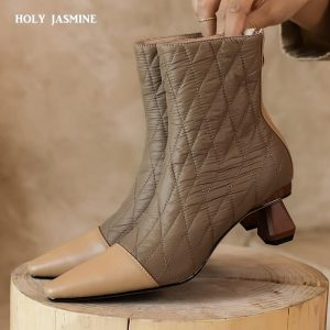 Women Boots 2020 New Fashion Genuine Leather Snow Boots for Winter Shoes Women Casual Lightweight Ankle Botas Mujer Winter Boots