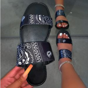 2020 Bandana Slides Women Graffiti Slippers Woman Cashew Flower Silk Shoes Women's Comfortable Beach Summer Flat Wholesale