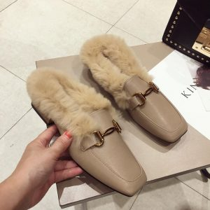 Brand Designer 2019 Winter Fashion Luxury Metal Chain Decoration Real Rabbit Hair Flat Slippers Slip On Loafers Mules