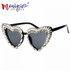 2018 Sunglasses Women brand designer Cool Sun Glasses for Men luxury Rhinestone Retro Love Heart Shape Summer glasses shades