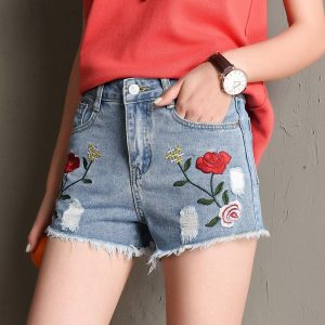 2020 Euro Style Women Denim Shorts Vintage mid Waist embroidery Jeans Shorts Street Wear Sexy Wide Leg Shorts For Summer