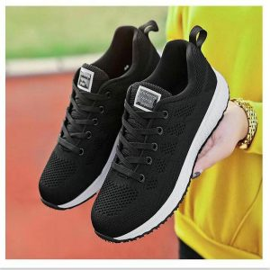 New Design Men and Women Easy Running Shoes Outdoor Walking Breathable Mesh Lightweight Sneakers Jogging Shoes Size 35-40