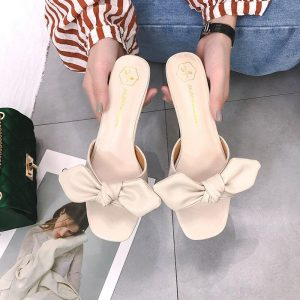 2019 New Summer Bow Knot Ladies Slippers Women Shoes Square High Heels Outside Fashion Slides Casual Shoes Woman Sexy Slippers