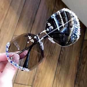 2020 With drill Luxury Italy Brand Designer Lady Sunglasses Women Vintage Rimless Gradient Sun Glasses For Female UV400 okulary