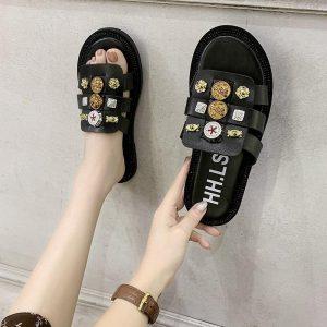 2020 Fashion Glitter Slippers Women Summer Sandals Bling Female Candy Color Flip Flops Beach Diamond Flat Shoes Outdoor Sandals