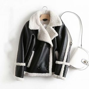 2019 Women's Winter Loose Lamb Fur Coat Women Double-Breasted Fluffy Jacket Women Black Khaki Windbreaker Faux Fur Lamb Coat