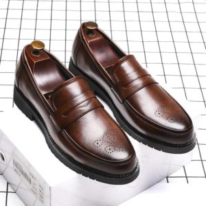 2019 autumn Men Dress Shoes Handmade Bullock Style Paty Leather Wedding Shoes Men Flats Leather Oxfords Formal Shoes